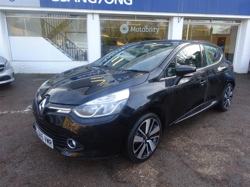used Renault Clio DYNAMIQUE S NAV TCE - R/SENSORS - BLUETOOTH - CRUISE CONTROL - £20.00 TAX in amersham