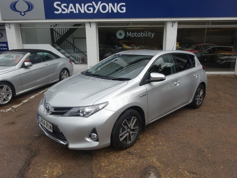 used Toyota Auris VVT-I ICON PLUS - SAT NAV -H/SEATS -ZERO TAX in amersham