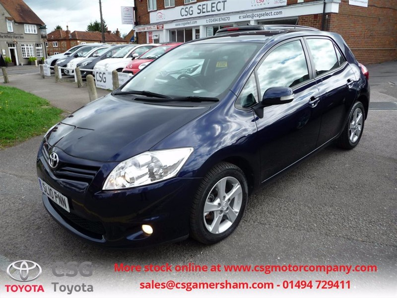 used Toyota Auris TR VVT-I - FSH - CLIMATE - ALLOYS - ONE OWNER in amersham