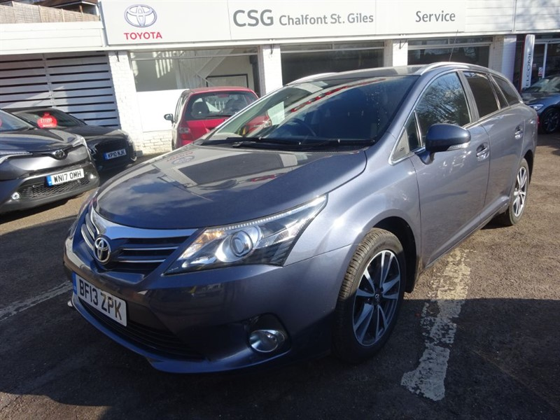 used Toyota Avensis TR VALVEMATIC -  FSH - SAT NAV -BLUETOOTH - CLIMATE in amersham