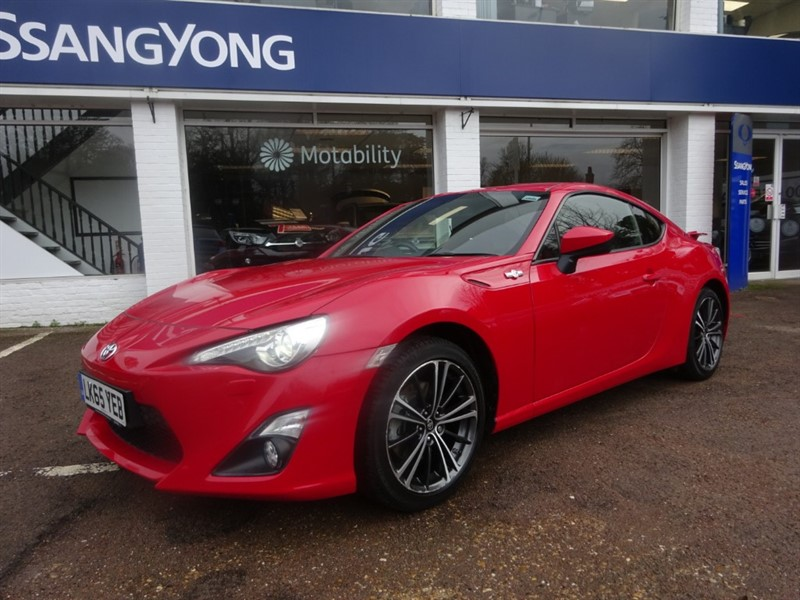 used Toyota GT86 D-4S - ONE OWNER - FSH - LOW MILEAGE - SAT NAV - in amersham