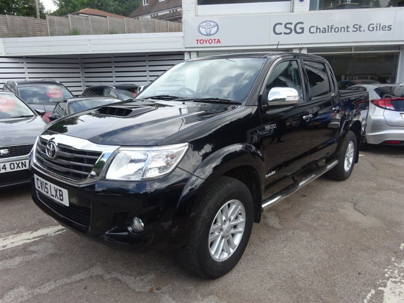 used Toyota Hilux HI-LUX INVINCIBLE 4X4 D-4D DCB in amersham