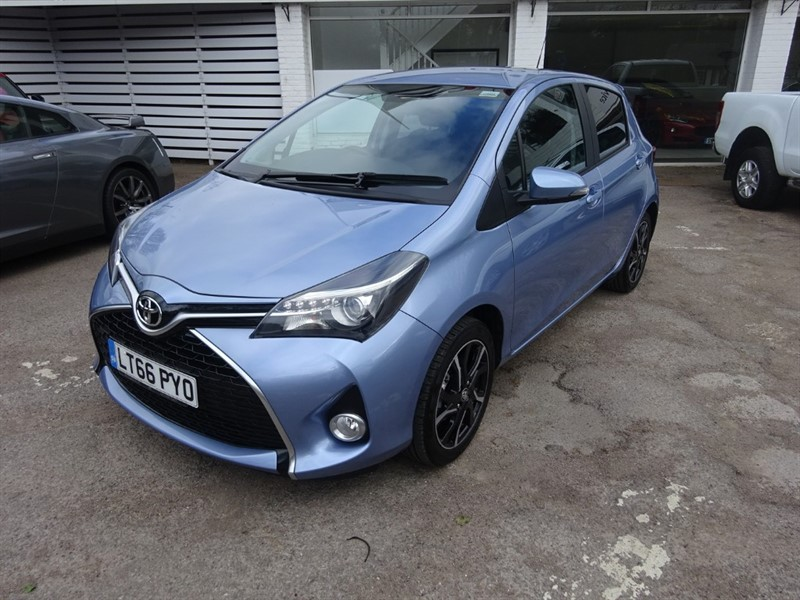 used Toyota Yaris VVT-I DESIGN M-DRIVE S - SAT NAV - FTSH - BLUETOOTH - CAMERA in amersham