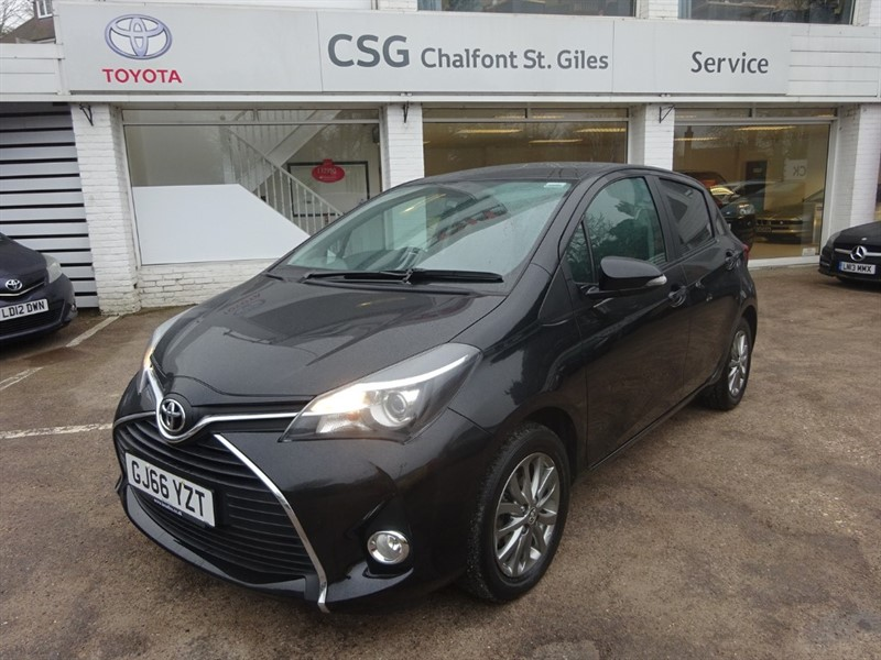 used Toyota Yaris VVT-I ICON - BLUETOOTH - R/CAMERA - AIR CON - ALLOYS in amersham