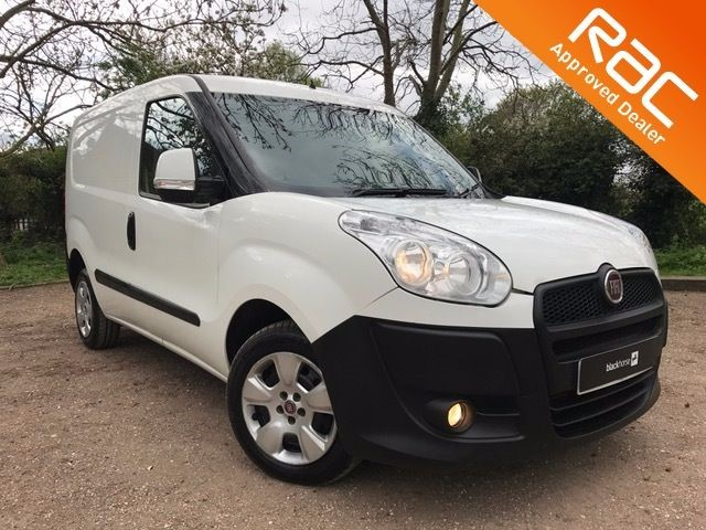 used Fiat Doblo CARGO 16V SX MULTIJET for sale in Hitchin in Hitchin-Hertfordshire