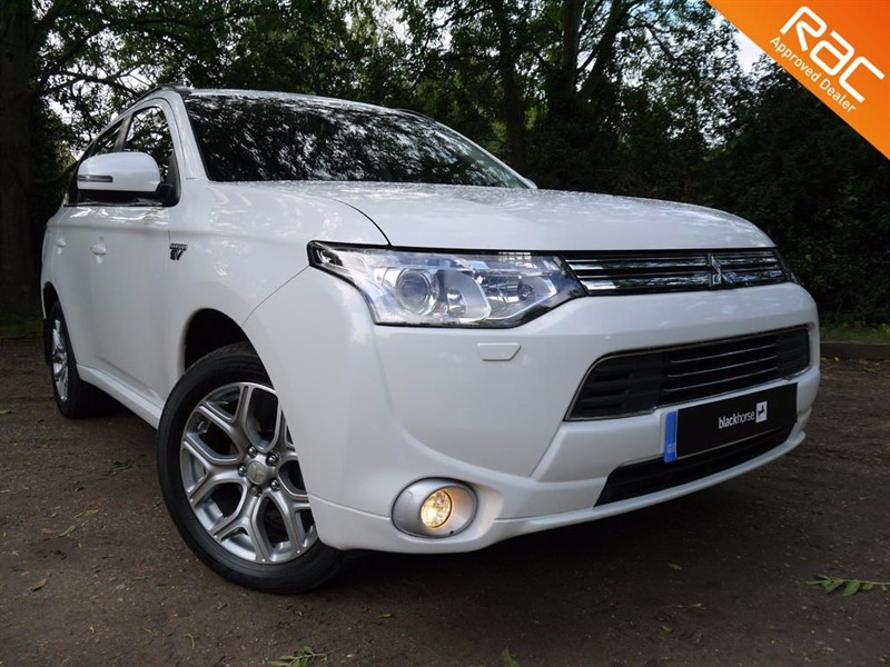 used Mitsubishi Outlander PHEV GX 4H in Hitchin-Hertfordshire