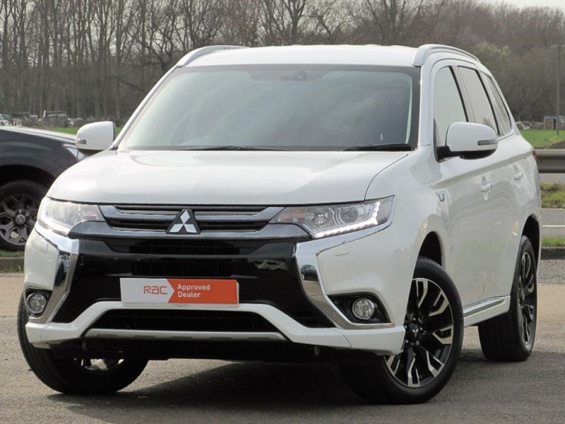 used Mitsubishi Outlander PHEV GX 3H PLUS in Hitchin-Hertfordshire