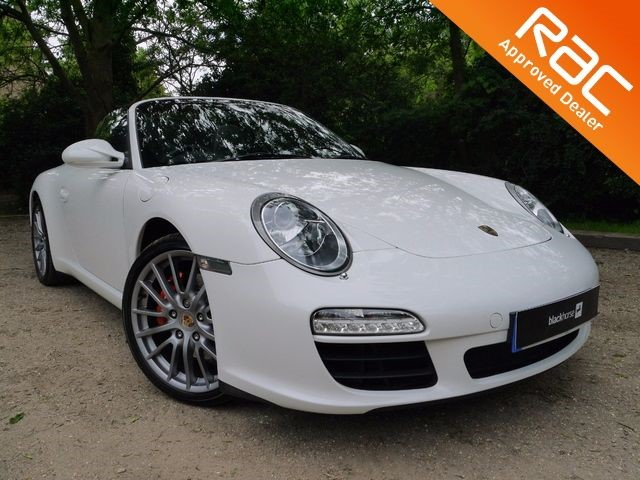 used Porsche 911 White CARRERA 2S PDK Convertible For Sale in Hitchin-Hertfordshire