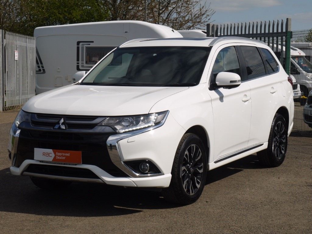 Mitsubishi Outlander For Sale >> Used Frost White Mitsubishi Outlander For Sale Bedfordshire