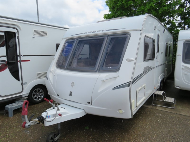 used Abbey Spectrum 535 Island Bed Twin Axle in sandy-bedfordshire