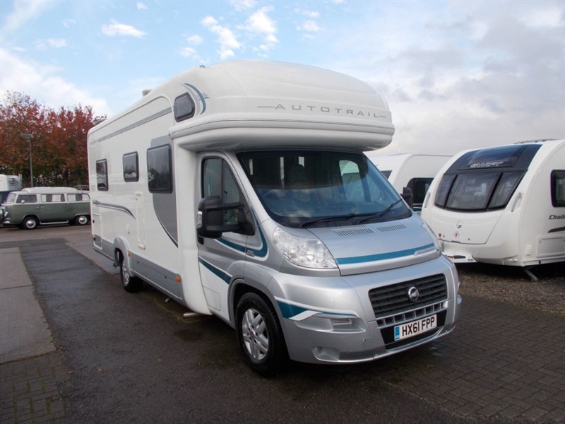 used Autotrail Savannah 2.3 TD Twin Single beds  6 berth Satellite and Solar in sandy-bedfordshire