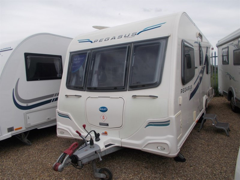 used Bailey Pegasus 2 Verona Fixed bed in sandy-bedfordshire