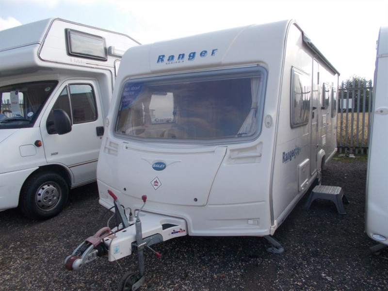 used Bailey Ranger  540/6 Berth Fixed bunks in sandy-bedfordshire