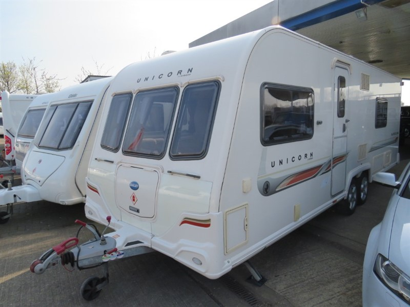 used Bailey Unicorn  Barcelona  Fixed Bed Double Electric Motor Mover & Solar Panels in sandy-bedfordshire