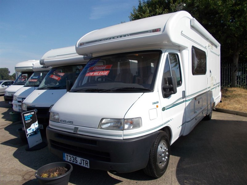used Bessacarr  E645 2.8 TD 2 berth low miles Lovely condition in sandy-bedfordshire