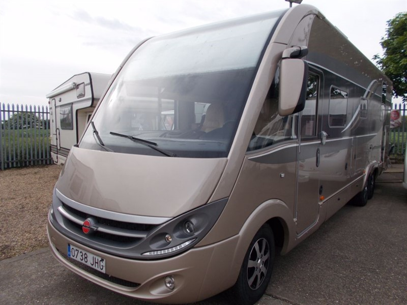 used Burstner  Grand Panorama i920 in sandy-bedfordshire