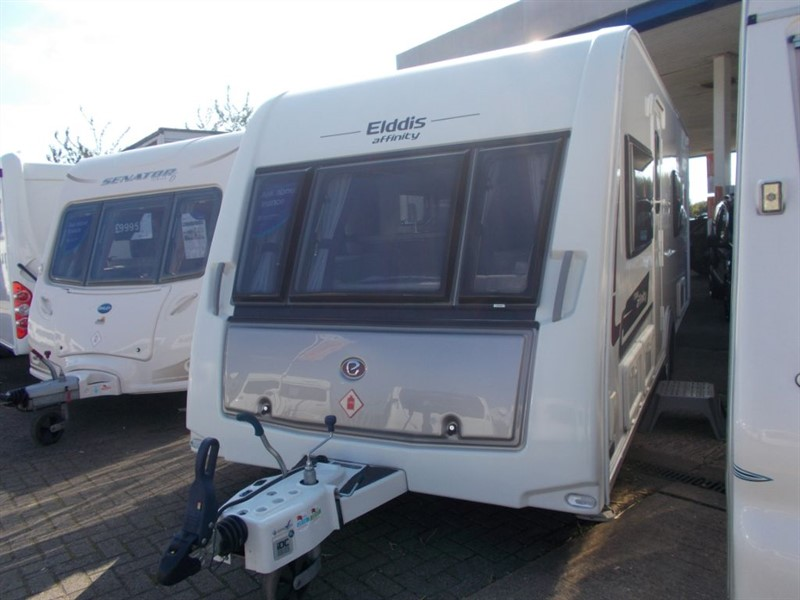 used Elddis Affinity Affinity 574 Twin Single Beds in sandy-bedfordshire
