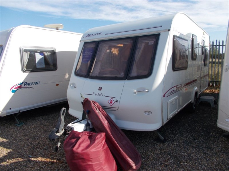 used Elddis Avante 505 Double Lounge 5 berth in sandy-bedfordshire