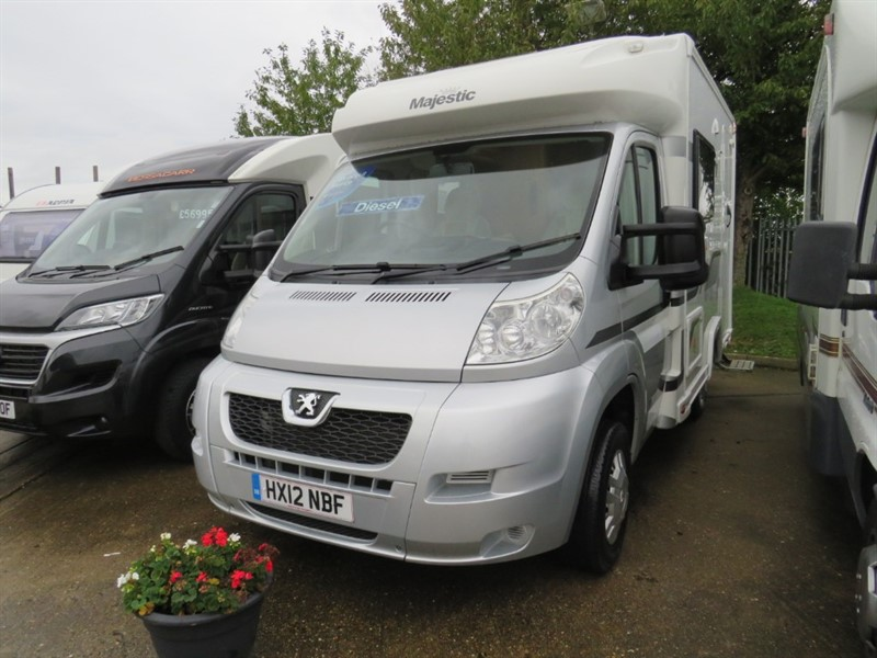 used Elddis Majestic  115 2.2 Hdi  2 Berth Lightweight Low Miles in sandy-bedfordshire