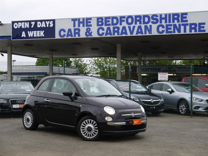 used Fiat 500 LOUNGE  ZERO ROAD TAX 70 MPG in sandy-bedfordshire