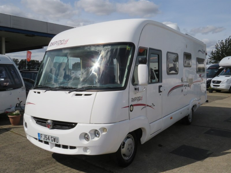 used Rapido Series 9F 985F 4 Berth With Fixed Bed and Large Drop Down Double Bed in sandy-bedfordshire