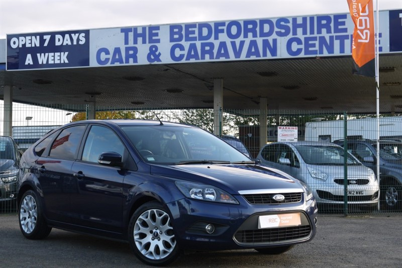 used Ford Focus ZETEC 1.6 PETROL 5dr in sandy-bedfordshire