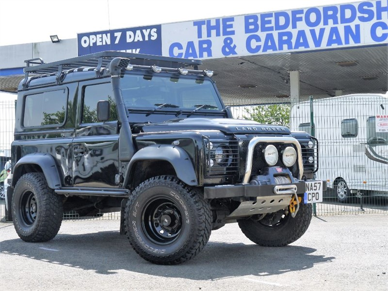 used Land Rover Defender 90 XS STATION WAGON in sandy-bedfordshire