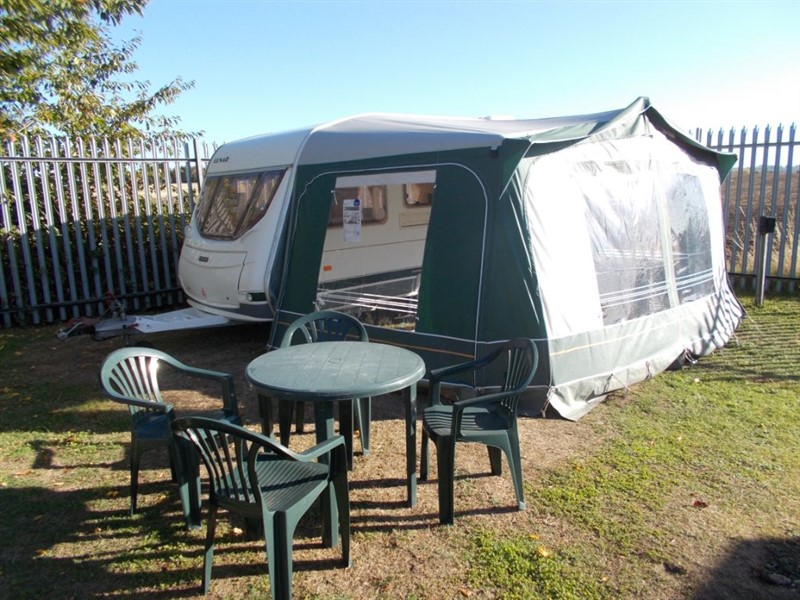 used Lunar Chateau 400 4 Berth with Awning in sandy-bedfordshire