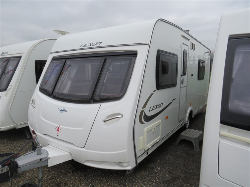 used Lunar Lexon 520 4 Berth Family Caravan in sandy-bedfordshire
