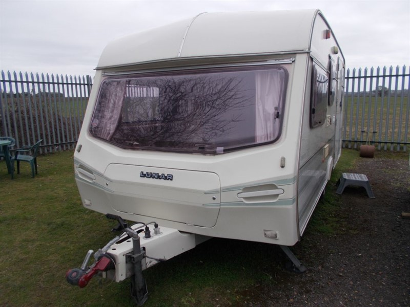 used Lunar Premier 515 Double Lounge in sandy-bedfordshire