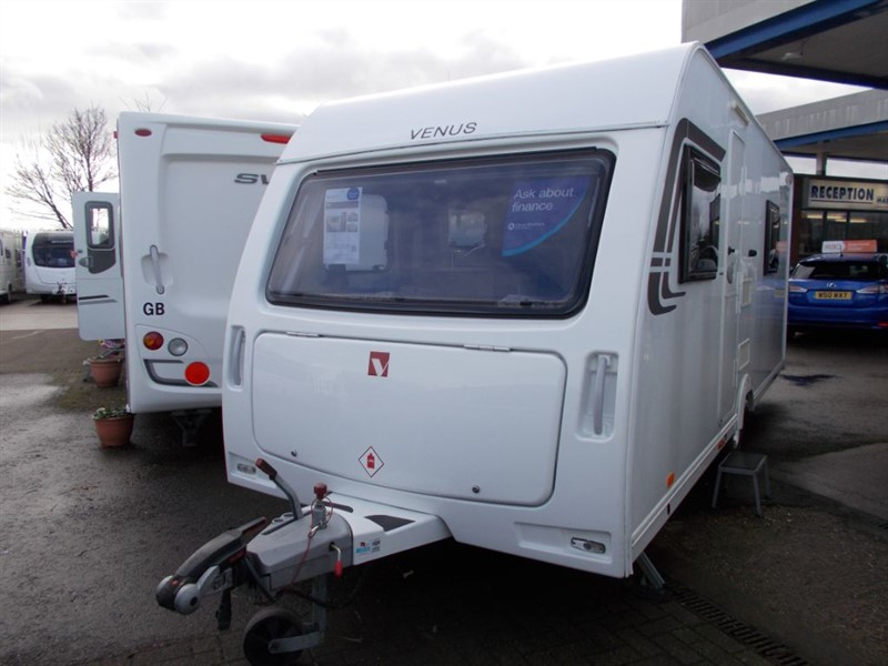 used Lunar Venus 490/4 berth fixed bed in sandy-bedfordshire