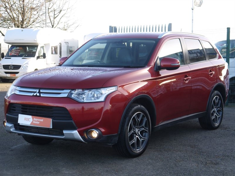 used Mitsubishi Outlander DI-D GX 3 -  7 Seater 4X4 LOW TAX!  in sandy-bedfordshire