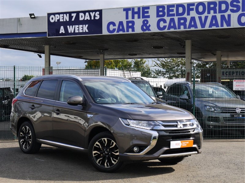 used Mitsubishi Outlander PHEV GX3h +  £0 Road Tax in sandy-bedfordshire
