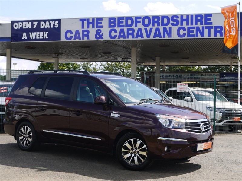 used Ssangyong Turismo ELX 7 Seat 4x4 AUTO - 1 OWNER in sandy-bedfordshire