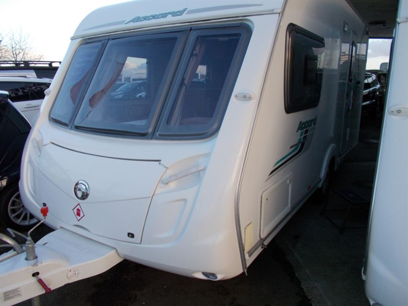 used Swift Accord 23 2 Berth Large End Bathroom Huge Separate Shower in sandy-bedfordshire