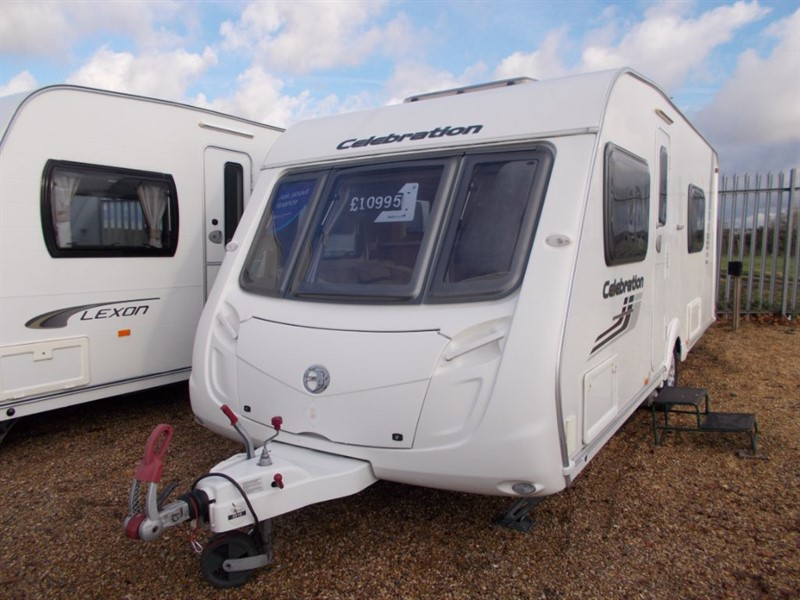 used Swift Celebration  4 Berth Fixed Bed End Bathroom in sandy-bedfordshire