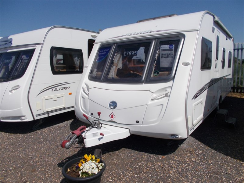 used Swift Challenger  540 4 berth fixed bed  in sandy-bedfordshire