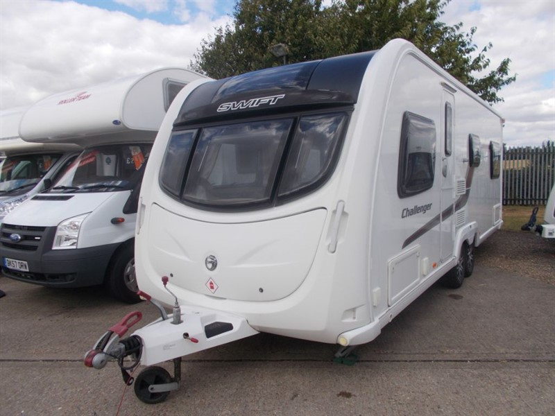 used Swift Challenger  625 6 Berth fixed bed  in sandy-bedfordshire