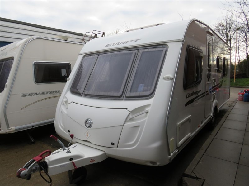 used Swift Challenger  580 Island bed 4 berth in sandy-bedfordshire