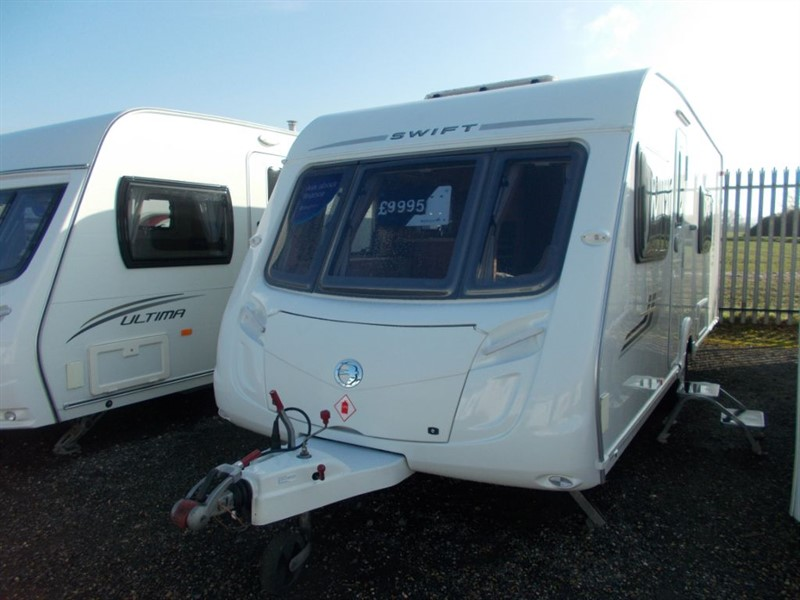 used Swift Charisma  550 Fixed Bed Rear Bathroom in sandy-bedfordshire