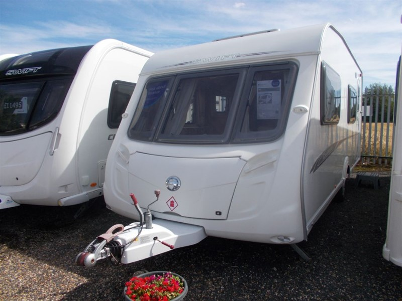 used Swift Charisma  570 fixed bunks 6 berth in sandy-bedfordshire