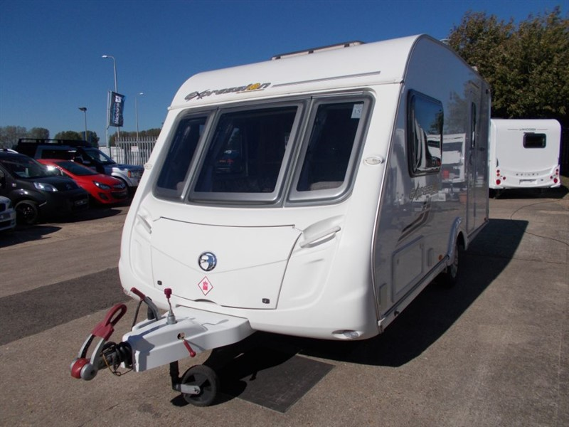 used Swift Expression  Abbey 470 2 berth Michael Jordan Special Edition in sandy-bedfordshire