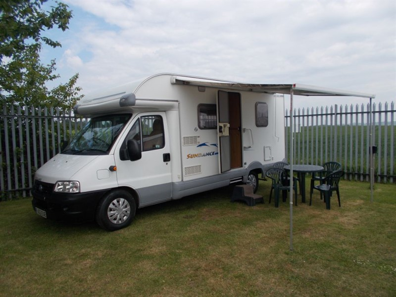 used Swift Sundance  600 Fixed Bed  in sandy-bedfordshire