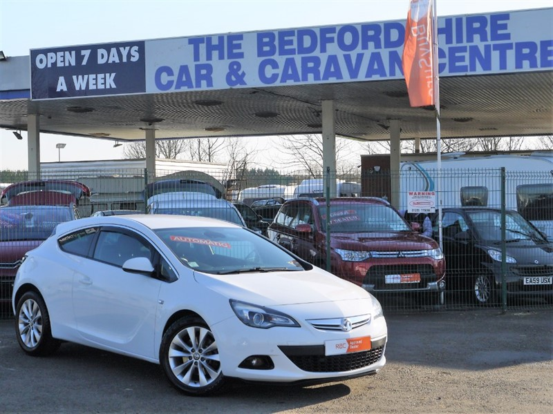 used Vauxhall Astra GTC SRI Automatic in sandy-bedfordshire