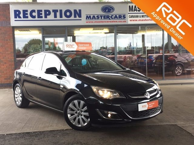 used Vauxhall Astra 2.0 ELITE CDTI S/S in sandy-bedfordshire