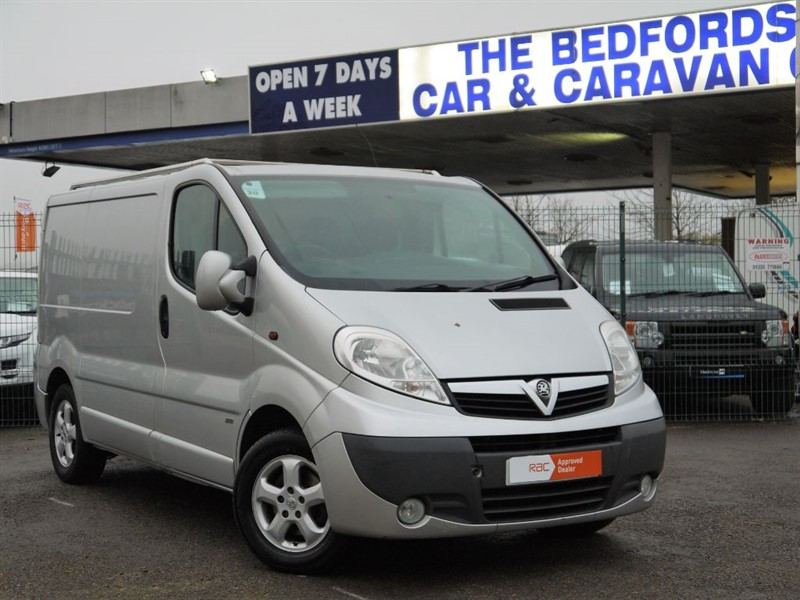 used Vauxhall Vivaro 2700 CDTI SPORTIVE -  PRICE INCLUDES VAT in sandy-bedfordshire