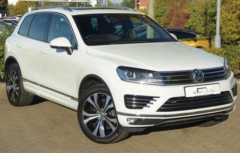 used VW Touareg V6 R-LINE TDI BLUEMOTION TECHNOLOGY in sandy-bedfordshire