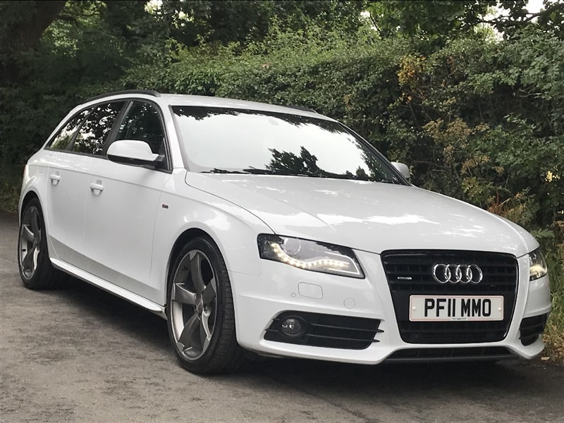 used Audi A4 AVANT TFSI QUATTRO S LINE BLACK EDITION in in-preston-and-lancashire