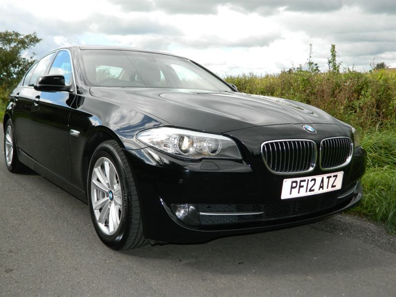 used BMW 520d EFFICIENTDYNAMICS FULL LEATHER + £30 TAX GREAT ECONOMY + FSH in in-preston-and-lancashire