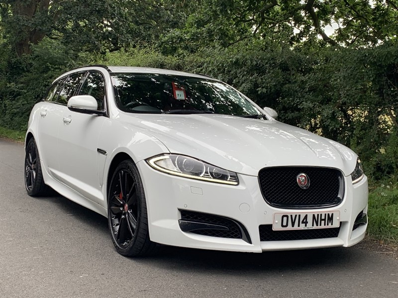 used Jaguar XF D V6 S PORTFOLIO SPORTBRAKE in in-preston-and-lancashire